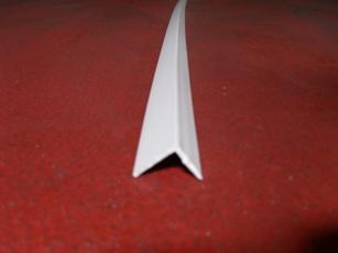 THU PERFIL-  Perfil angular flexible 22x28mm blanco de 2,5m